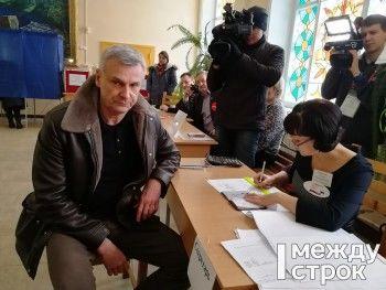 Мэр Нижнего Тагила Сергей Носов проголосовал на президентских выборах