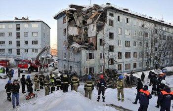 Число жертв взрыва газа в мурманской пятиэтажке возросло до трёх