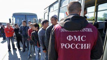 В России хотят ужесточить наказание за помощь нелегальным мигрантам