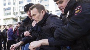 Алексея Навального задержали перед митингом в Нижнем Новгороде (ВИДЕО)