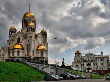 В Екатеринбурге во время богослужения прихожанин покончил жизнь самоубийством
