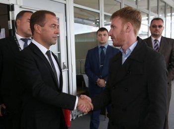 Дмитрий Медведев пожелал успехов Егору Бычкову
