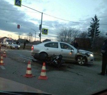 Мотоциклист и его пассажирка пострадали в ДТП на Гальянке (ВИДЕО)