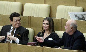 «Справедливая Россия» внесла законопроект о десятикратном снижении зарплат депутатов и сенаторов