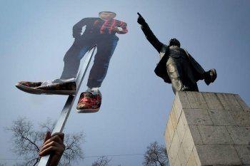 «Ведомости»: Участников митинга против коррупции было больше в регионах с низкой явкой на выборах