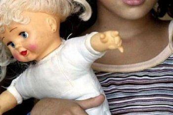 В Нижнем Тагиле наказали мать, оставившую 4-летнюю дочь с педофилом