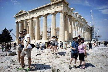 Греция не справляется с выдачей виз, майский отдых тысячи россиян оказался под угрозой