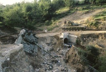Война в Нагорном Карабахе: главное о возобновлении противостояния Армении и Азербайджана 22 года спустя