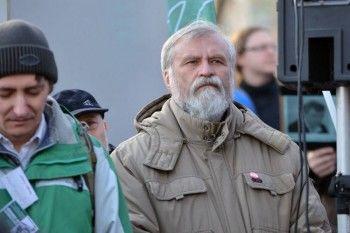Доверенное лицо Явлинского из Екатеринбурга просит его выйти из президентской кампании
