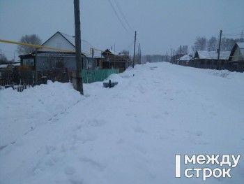 «Топим снег, чтобы выжить». Посёлок под Нижним Тагилом две недели остаётся без воды (ВИДЕО)