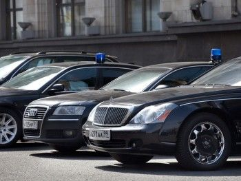 Минфин заберёт у чиновников личных водителей и длинные отпуска