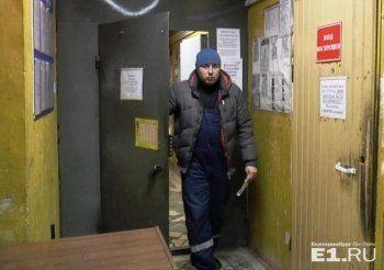 Тракториста, похоронившего ребёнка под грудой снега в Екатеринбурге, отдали под суд