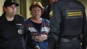 СК попросил отпустить под домашний арест экс-бухгалтера «Седьмой студии», давшую показания на Серебренникова