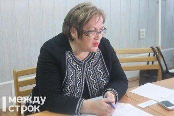 «Раньше я неправильно работала». Свердловский омбудсмен намерена лишать лицензий управляющие компании, на которые жалуются люди