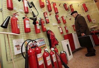 После трагедии в Кемерове предприниматели Нижнего Тагила массово скупают огнетушители