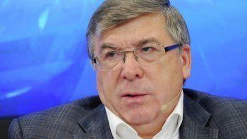 Совет Федерации предложил запретить самозанятым россиянам выезжать за границу