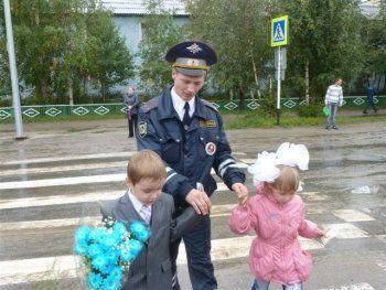«Во избежание любого теракта, в том числе наезда на пешеходов». 1 сентября свердловские школы будут охранять четыре тысячи полицейских