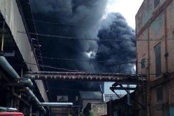 В МЧС назвали предварительную причину пожара на «Уралвагонзаводе»