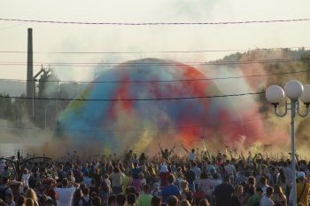 Холи, Парад колясок и Open Air. «Беззвёздный» День молодёжи в Нижнем Тагиле растянется на две недели