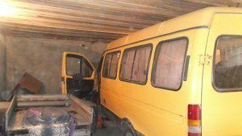 В Нижнем Тагиле водитель маршрутки задохнулся в гараже вместе с подругой