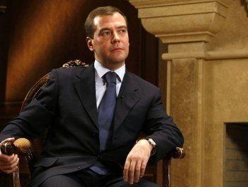 В России слишком много юристов и экономистов. Правительство решило уменьшать их количество