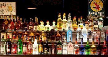 «Через два года в России не останется нелегального алкоголя». ЕГАИС вынудила владельцев баров и ресторанов в Нижнем Тагиле искать новых дилеров
