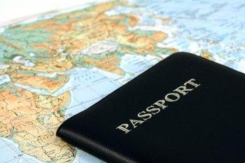 В Госдуме одобрили законопроект о втором загранпаспорте для россиян