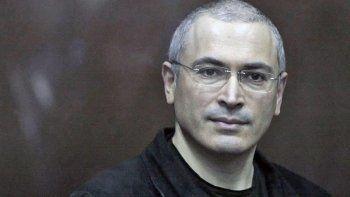 Михаилу Ходорковскому предъявили обвинение в организации убийства мэра Нефтеюганска