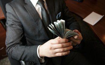 Госдума предлагает привязать оклады топ-менеджеров госкомпаний к зарплате президента