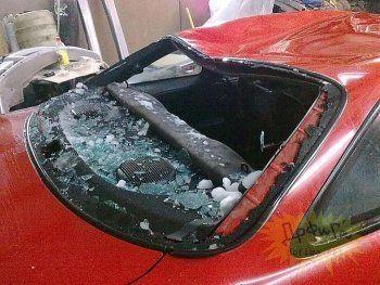 В Нижнем Тагиле мужчина спрыгнул с 9 этажа на крышу автомобиля
