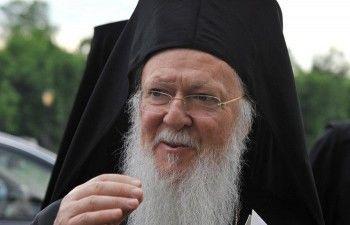 Рада попросила Вселенского патриарха отделить украинскую церковь от РПЦ