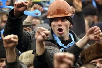 В Забайкалье 80 горняков отказались подниматься из шахты из-за задержки зарплаты
