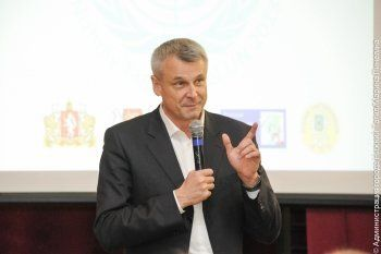 Администрация города платит СМИ за позитивные  интервью с Сергеем Носовым