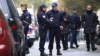 Смертница взорвала себя в ходе задержания в Париже