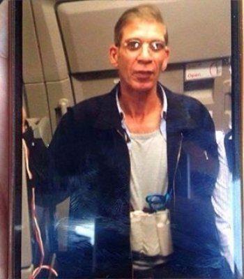 Угонщик самолёта EgyptAir вышел с поднятыми руками