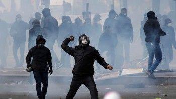 Первомайская демонстрация в Париже переросла в массовые беспорядки