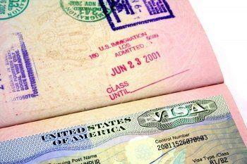 Посольство США приостановило выдачу неиммиграционных виз после высылки своих дипломатов
