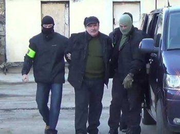 Опубликовано видео задержания экс-сотрудника штаба Черноморского флота, подозреваемого в госизмене