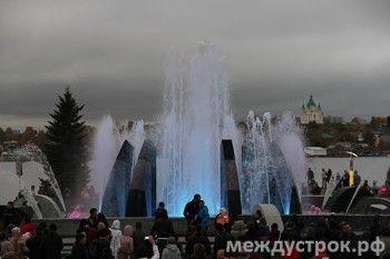 На этой неделе откроют свето-музыкальный фонтан