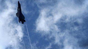 США перебросят истребители-бомбардировщики к границам стран Прибалтики с Россией