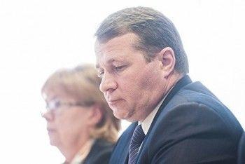 Депутаты Заксобрания хотят наградить главу Белоярки, где «жители замерзают два года подряд»