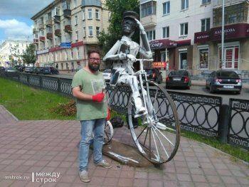 В Нижнем Тагиле реставрацию памятника Артамонову приняли за вандализм