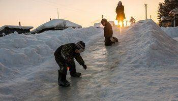 В Свердловской области возбудили уголовное дело из-за опасной ледяной горки