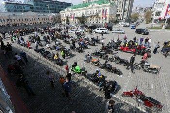 Ройзман намерен запретить байкерам ездить по ночам в Екатеринбурге