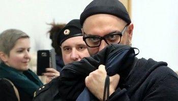 Суд оставил Кирилла Серебренникова под домашним арестом до 19 апреля