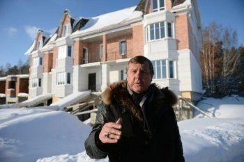 Барду Новикову предъявили обвинение по делу о хищении денег пайщиков «Бухты Квинс»