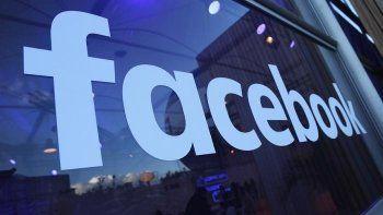 Роскомнадзор пригрозил заблокировать Facebook в России