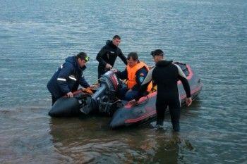 Власти Челябинской области выплатят по 100 тысяч рублей семьям погибших на озере