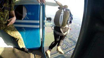 15-летний подросток получил серьёзную травму позвоночника во время прыжка с парашютом под Нижним Тагилом. «Эти прыжки незаконны»