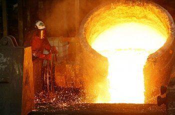 На предприятии УГМК в Красноуральске произошёл выброс жидкого металла. Погиб рабочий